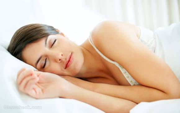 Tips-on-how-to-sleep-comfortably-during-summers